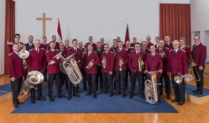 Staffband van het Leger des Heils brengt Songs of Praise naar Vaassen