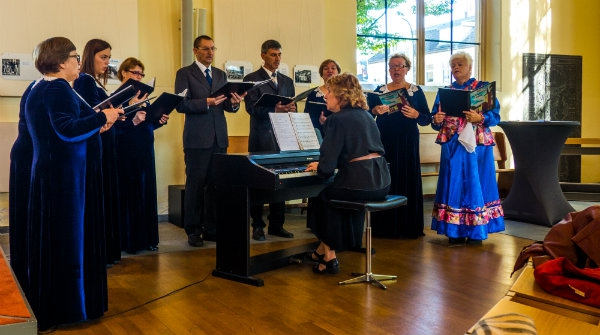 Russisch koor zong in de Dorpskerk