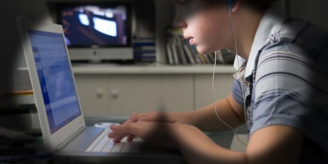 Kinderen veilig online, gluren niet nodig